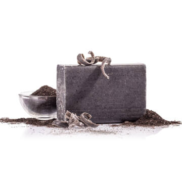 Yamuna Čierne mydlo z liečivého bahna lisované za studena